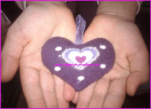 srce na dlanu