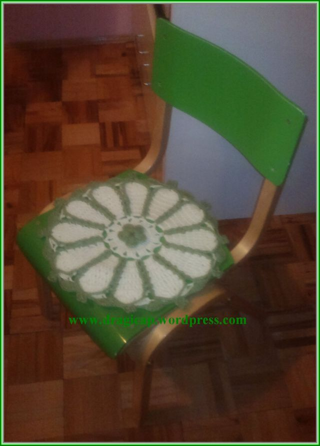 stolica sa stolicarkom